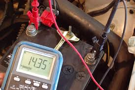 Verificar si el acumulador o batería sirven