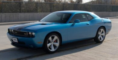 Manual de Usuario DODGE Challenger SRT 2009 en PDF Gratis