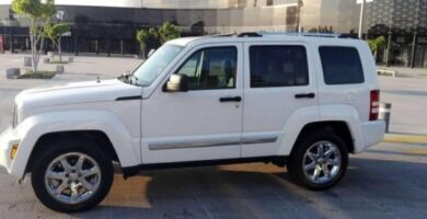 Manual de Usuario JEEP Liberty 2008 en PDF Gratis