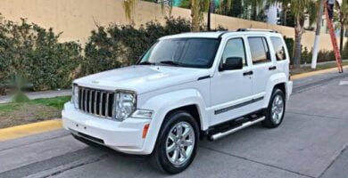 Manual de Usuario JEEP Liberty 2010 en PDF Gratis