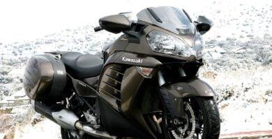 Manual en Español Kawasaki 1400 GTR ABS 2014 de Usuario PDF GRATIS