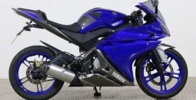 Manual en Español Yamaha YZF-R125 2013 de Usuario PDF GRATIS