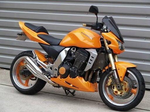 Manual en Español Kawasaki Z1000 2004 de Usuario PDF GRATIS