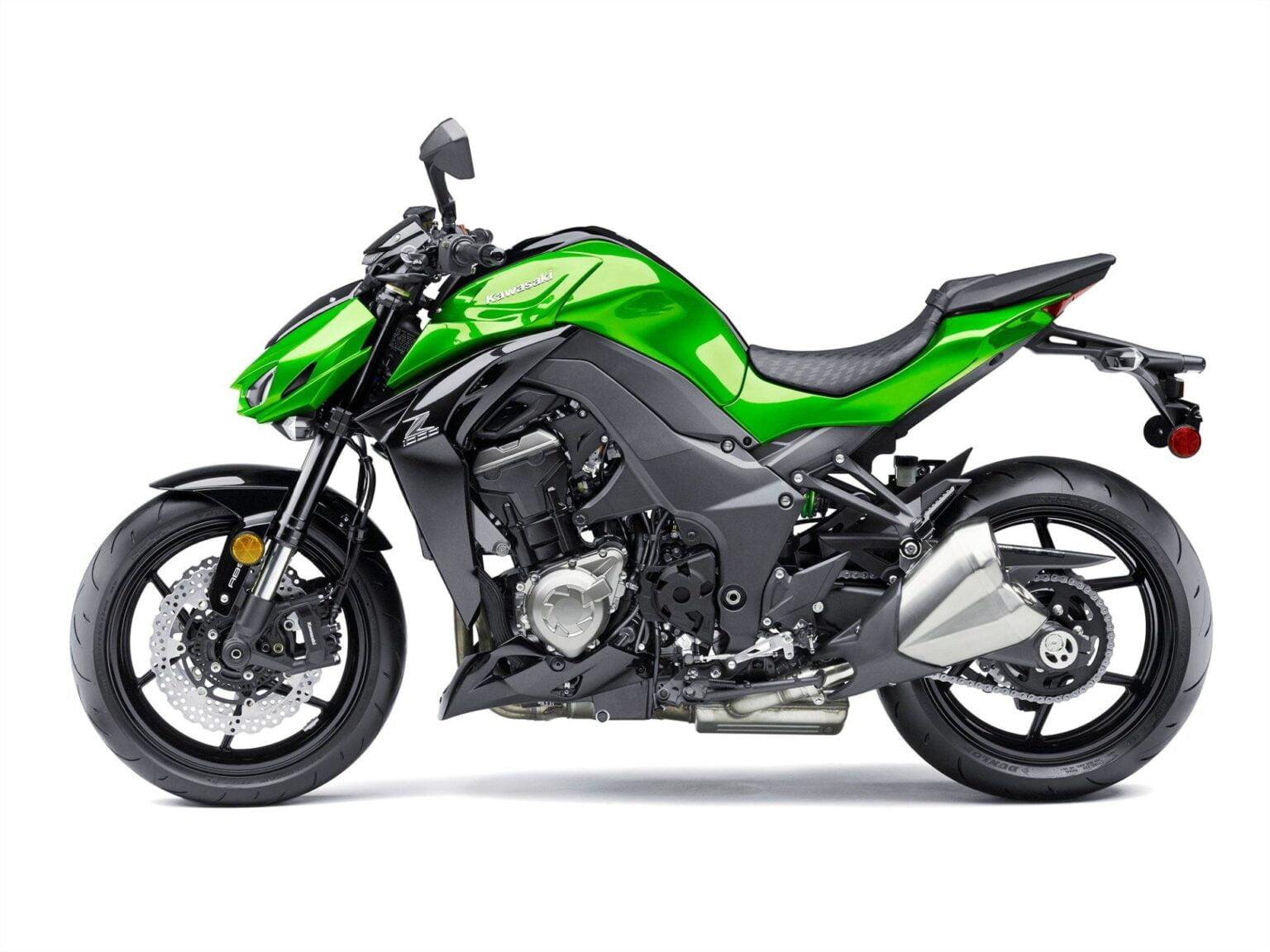 Manual en Español Kawasaki Z1000 2015 de Usuario PDF GRATIS
