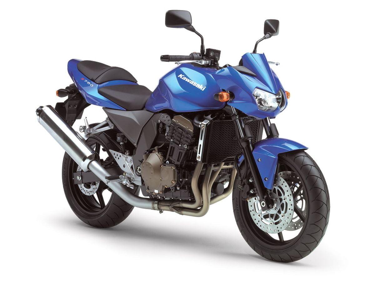 Manual en Español Kawasaki Z750 2006 de Usuario PDF GRATIS
