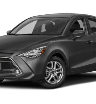 Manual Toyota Yaris IA 2018 de Usuario