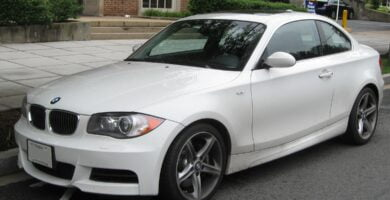 Manual BMW 135i COUPE 2009 de Usuario