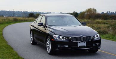 Manual BMW 320i xDrive Sedan 2014 de Usuario