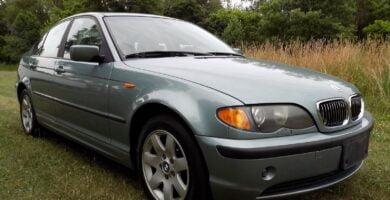 Manual BMW 325xi 2004 de Usuario