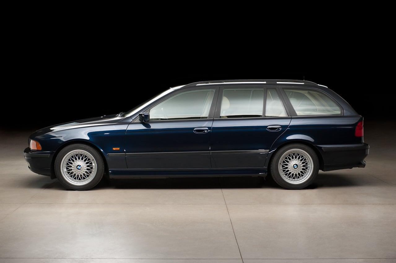 Manual BMW 528i Sport Wagon 2000 de Usuario
