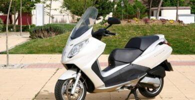 Manual Moto PEUGEOT SATELIS 125 2010 de Usuario PDF GRATIS